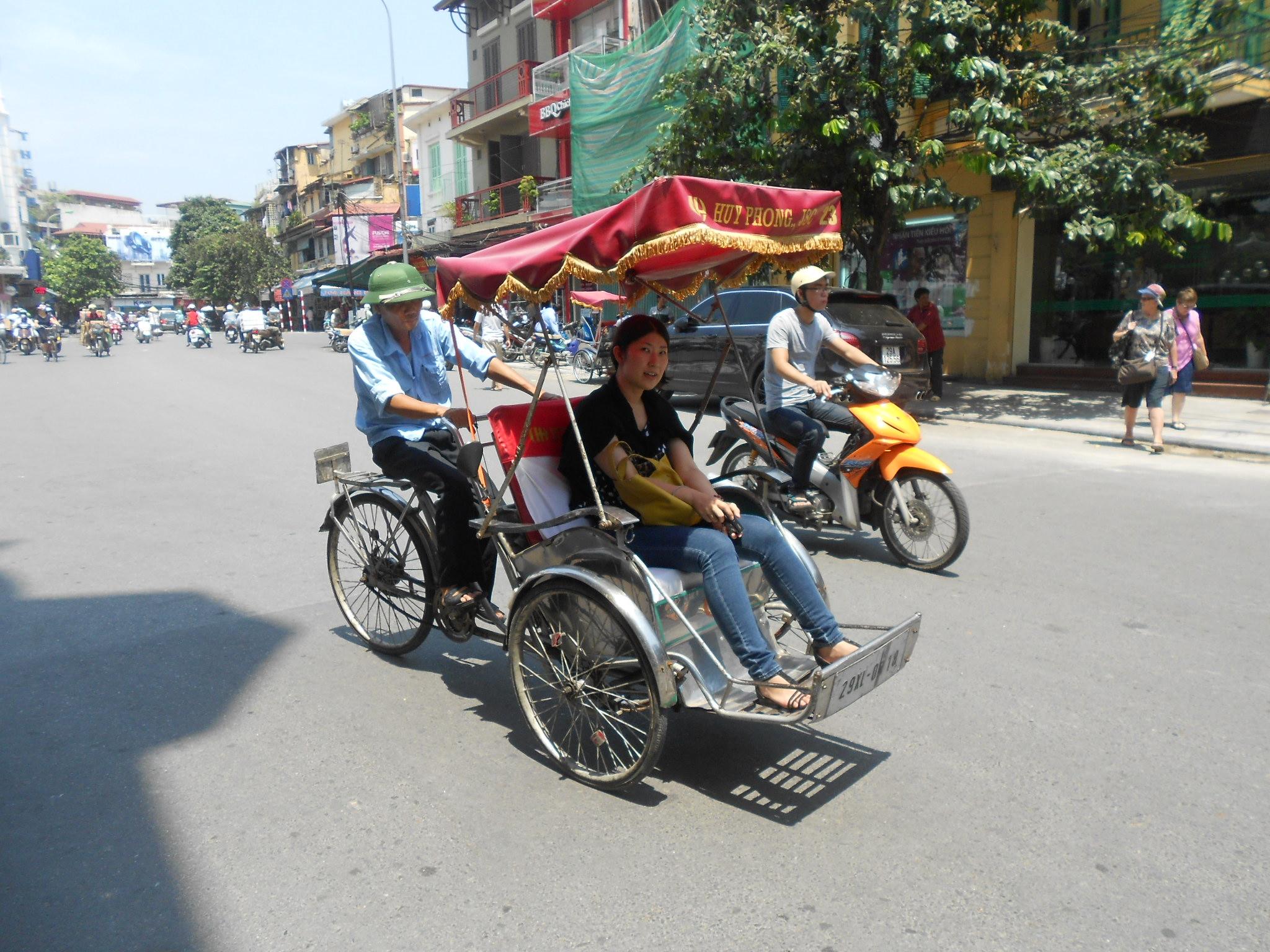 ciclo taxi en hanoi